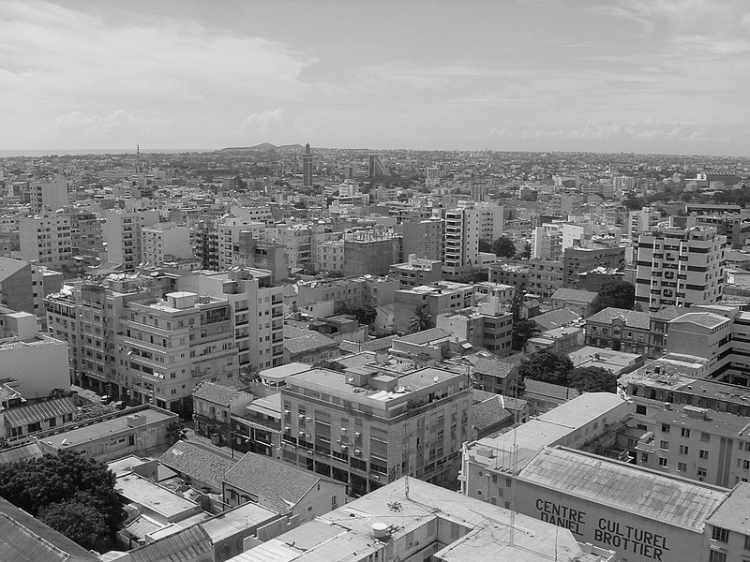 800px-Dakar_-_Panorama_urbain
