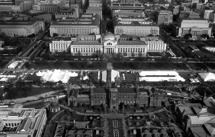 smithsonian aerial bw